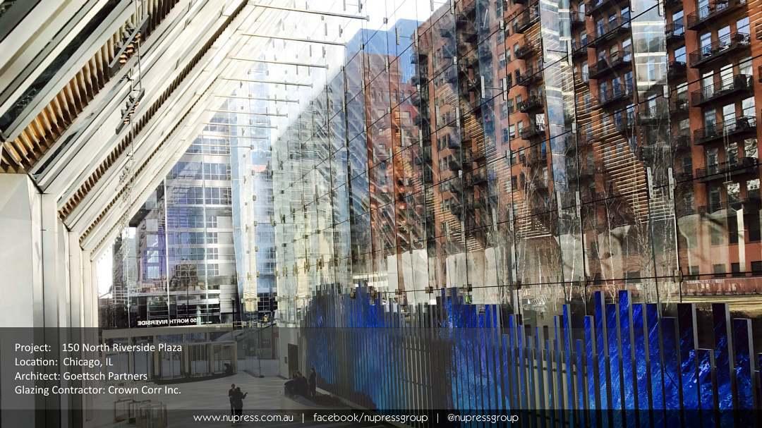 150 N Riverside Chicago goettschpartners crowncorr pointsupportedglass structuralglass glassarchitecture