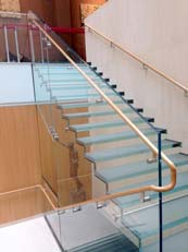Onassis-Cultural-Center-glass-stairs-Mistral-Architectural-Metal-Glass-4-737x982